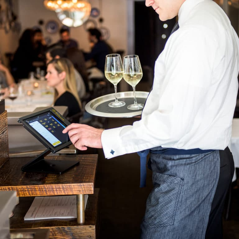 Upserve Restaurant POS In Restaurant