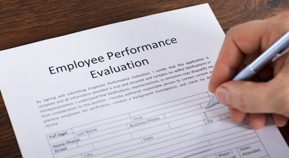 How To Conduct A Restaurant Employee Evaluation