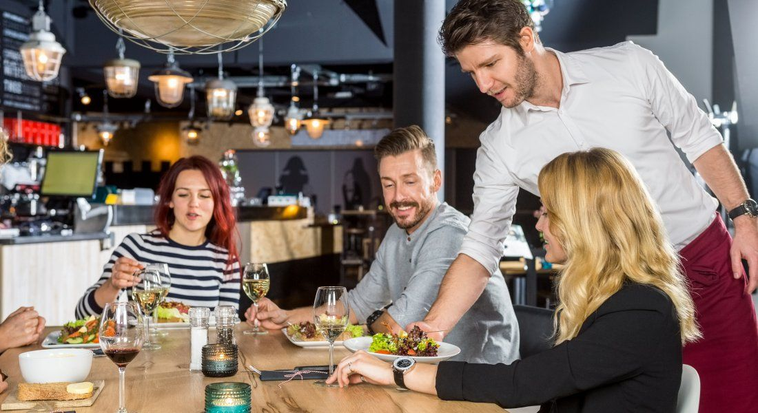 waitressing tips - serving food to guests