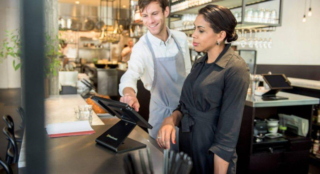 4 Features You Need From Your Restaurant Pos Support And