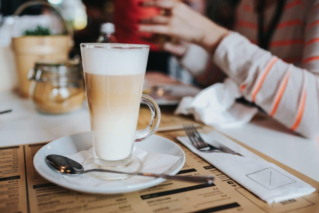 Restaurant server tips tipping Coffee in a tall glass