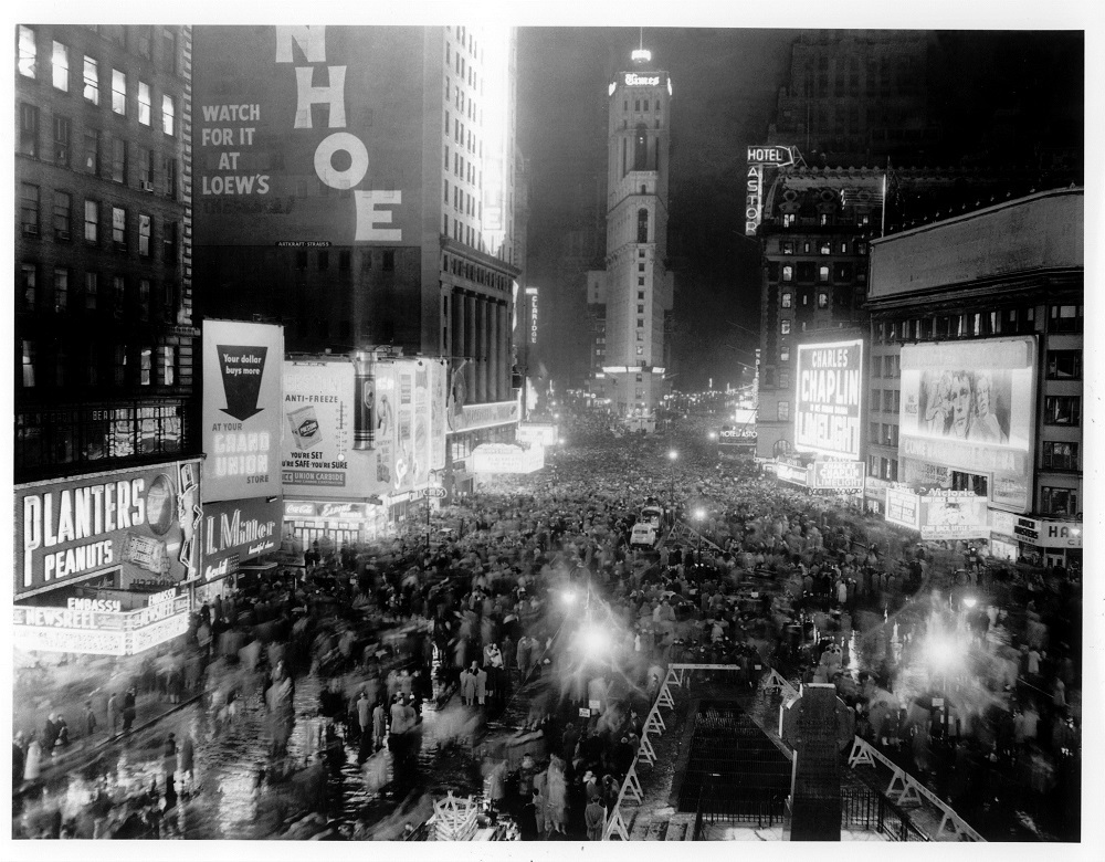 New Year's Eve in Times Square, 1953.
